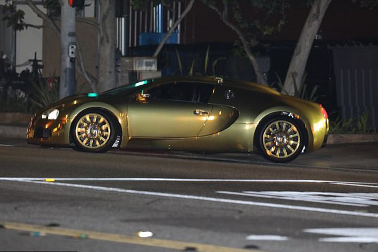 Jamie Foxx khoe Bugatti ma vang gia hon 40 ty-Hinh-5