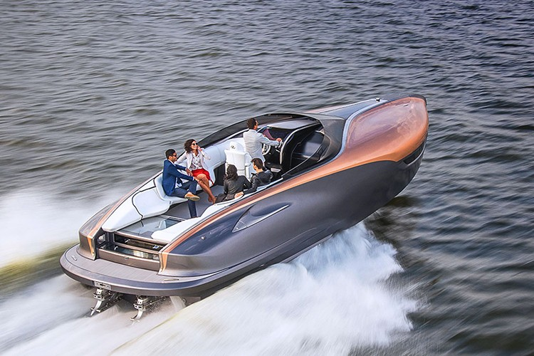 "Lexus tiep tuc ""khoe hang"" sieu du thuyen Sport Yacht-Hinh-2"