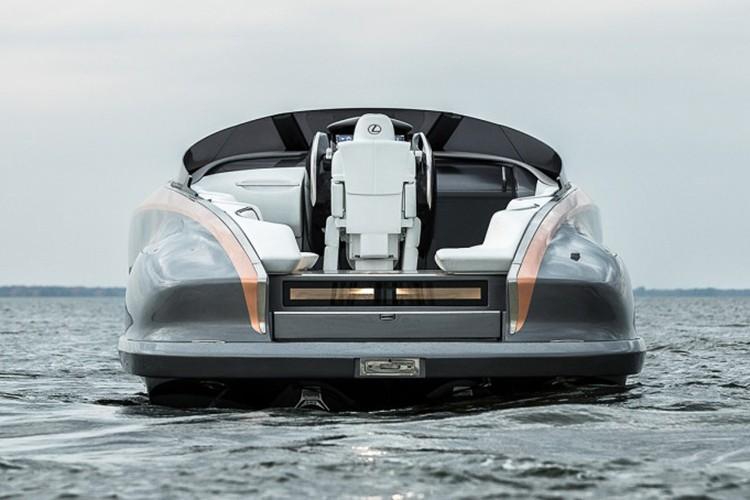 "Lexus tiep tuc ""khoe hang"" sieu du thuyen Sport Yacht-Hinh-5"