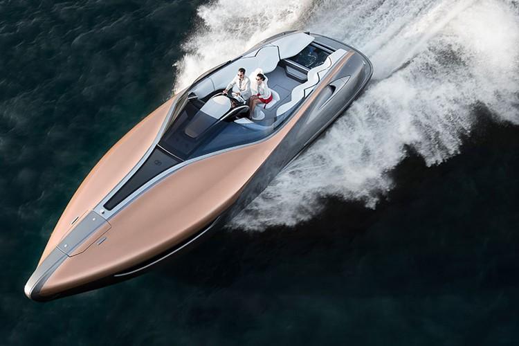"""Lexus tiep tuc """"khoe hang"""" sieu du thuyen Sport Yacht"""