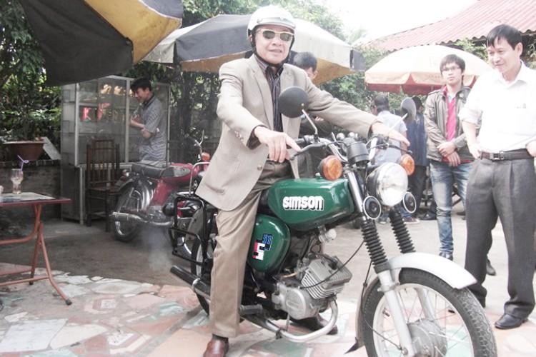 """Soi """"xe no"""" mo kich Simson S51 cua dan choi Viet-Hinh-11"""