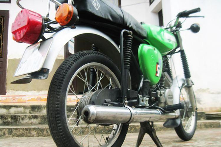 """Soi """"xe no"""" mo kich Simson S51 cua dan choi Viet-Hinh-8"""