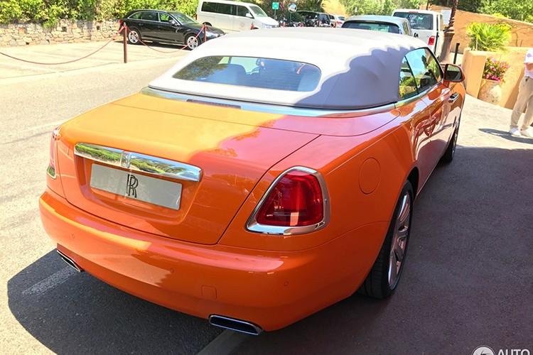 "Rolls-Royce Dawn ""khoac ao cam"" doc nhat The gioi-Hinh-3"
