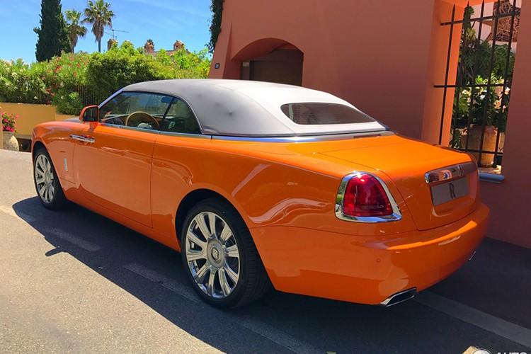 "Rolls-Royce Dawn ""khoac ao cam"" doc nhat The gioi-Hinh-6"