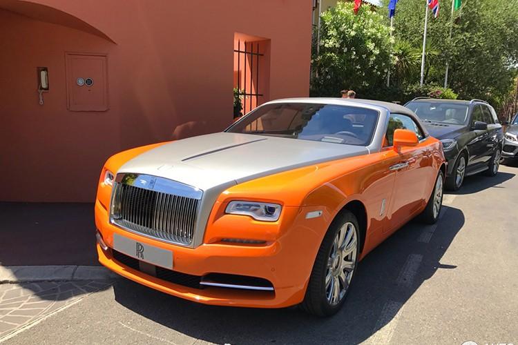 "Rolls-Royce Dawn ""khoac ao cam"" doc nhat The gioi-Hinh-7"