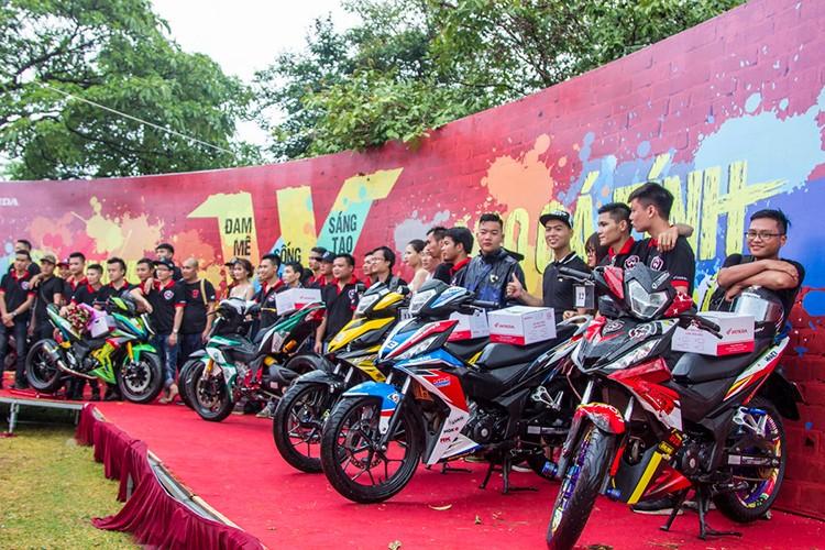 "Hon 600 ""xe no"" Honda Winner 150 lan banh tai Ha Noi-Hinh-10"