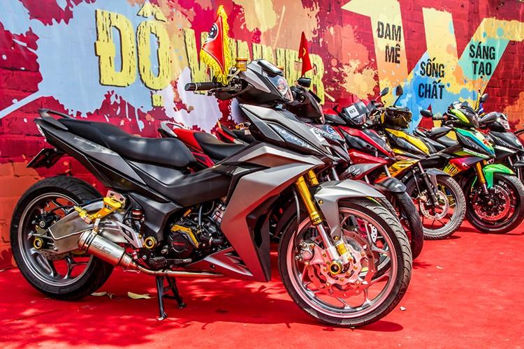 "Hon 600 ""xe no"" Honda Winner 150 lan banh tai Ha Noi-Hinh-2"
