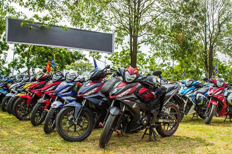 "Hon 600 ""xe no"" Honda Winner 150 lan banh tai Ha Noi-Hinh-4"