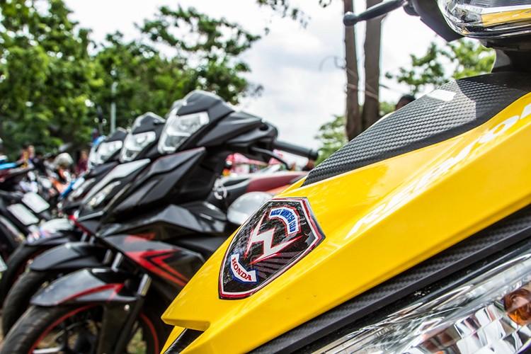 "Hon 600 ""xe no"" Honda Winner 150 lan banh tai Ha Noi-Hinh-5"