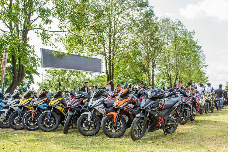"Hon 600 ""xe no"" Honda Winner 150 lan banh tai Ha Noi-Hinh-8"