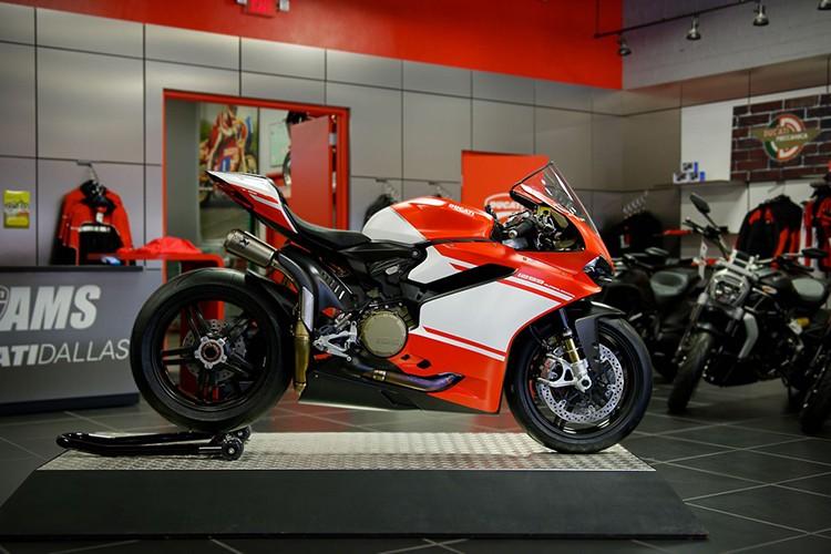 Sieu moto Ducati 1299 Superleggera hon 2 ty da co chu-Hinh-2