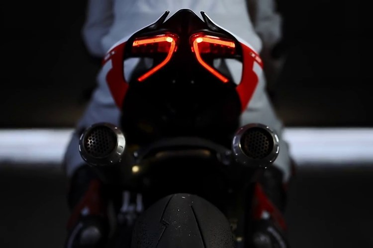 Sieu moto Ducati 1299 Superleggera hon 2 ty da co chu-Hinh-6