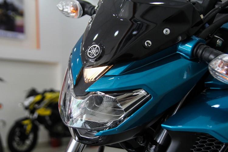 Moto Yamaha FZ 25 tai Viet Nam gia hon 60 trieu dong-Hinh-3
