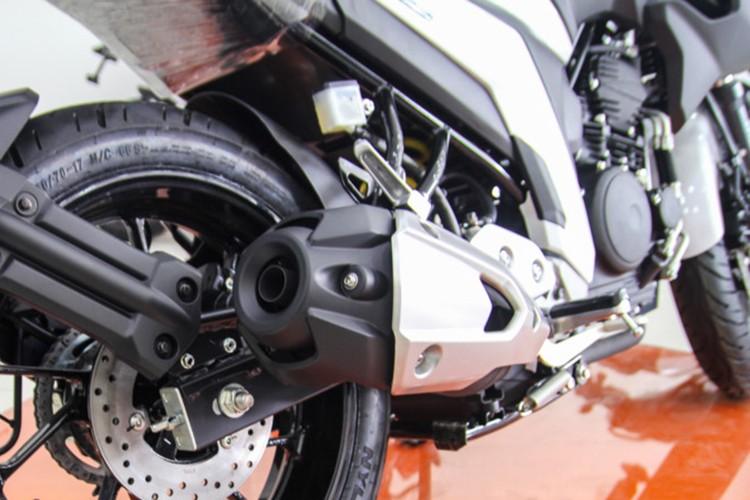 Moto Yamaha FZ 25 tai Viet Nam gia hon 60 trieu dong-Hinh-6