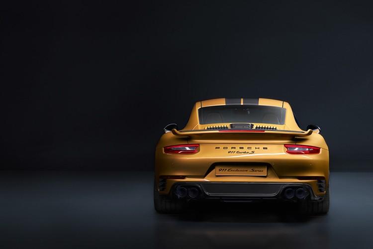 """""""Soi"""" Porsche 911 Turbo S Exclusive ban gioi han cuc doc-Hinh-5"""