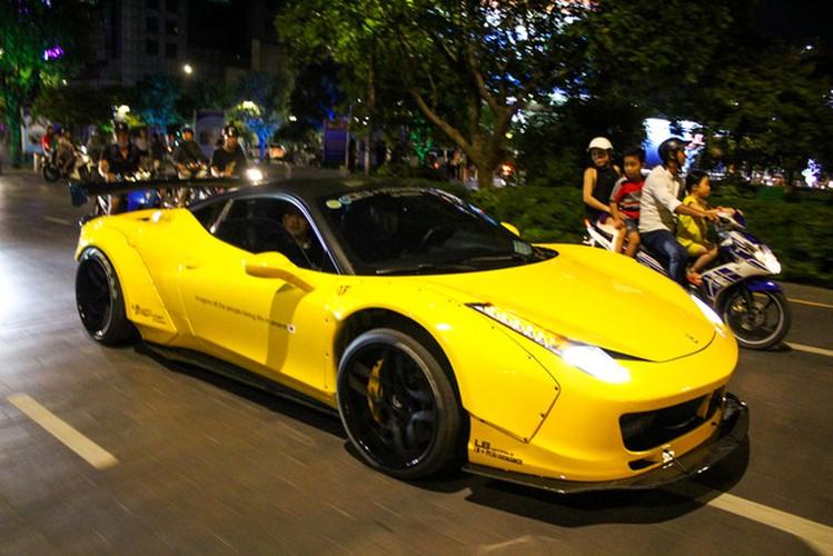 SIeu xe Ferrari chuc ty do Liberty Walk dau tien tai Sai Gon-Hinh-6