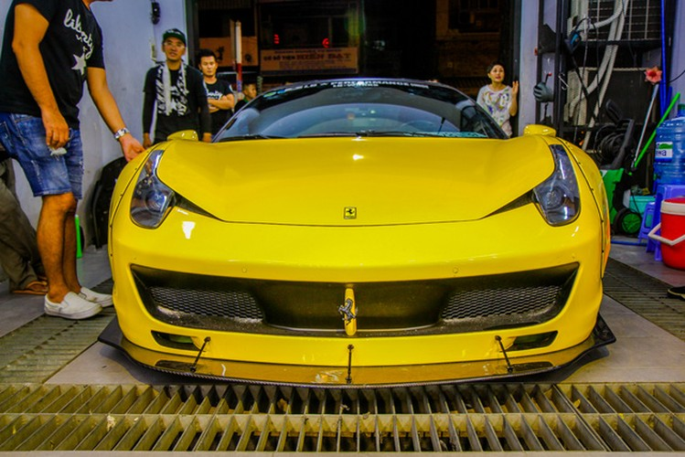 SIeu xe Ferrari chuc ty do Liberty Walk dau tien tai Sai Gon-Hinh-9