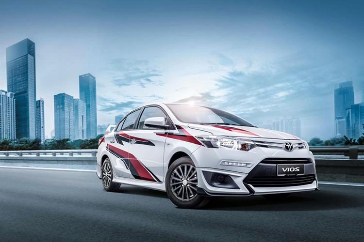 """Toyota Vios phien ban """"xe dua"""" gia 452 trieu dong-Hinh-2"""