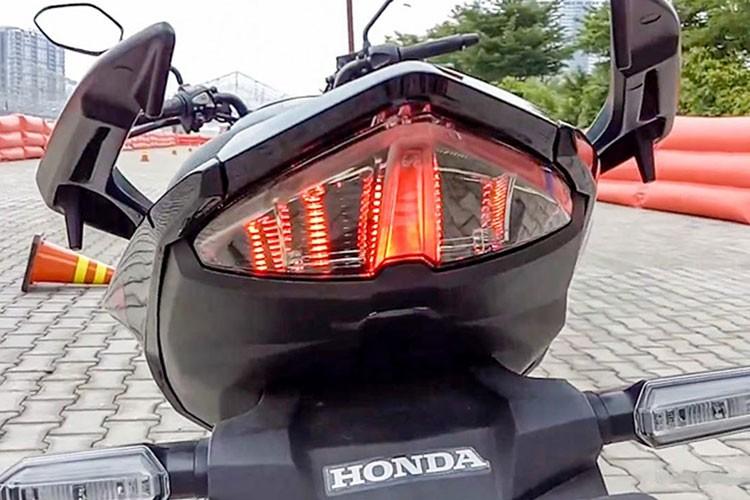 """Xe moto Honda CB150R StreetFire """"chot gia"""" tu 44 trieu-Hinh-7"""