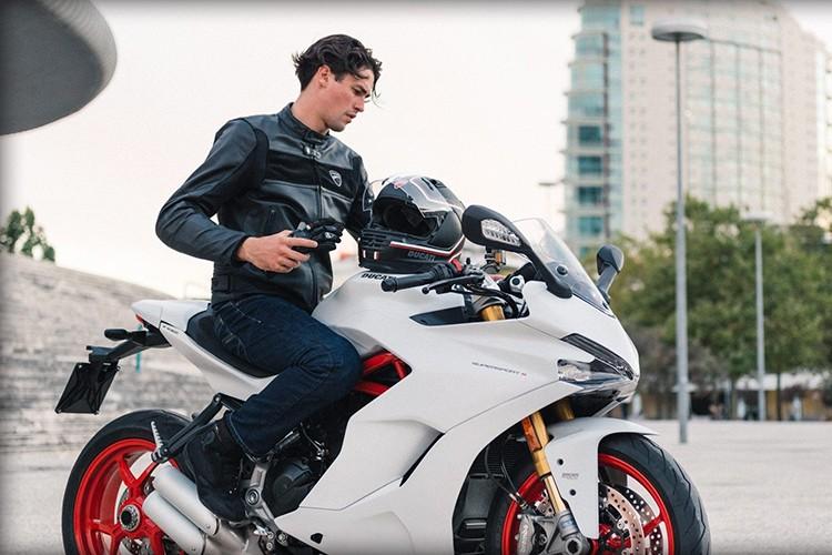 """Ducati SuperSport 2017 """"chot gia"""" 382 trieu tai Thai Lan-Hinh-10"""
