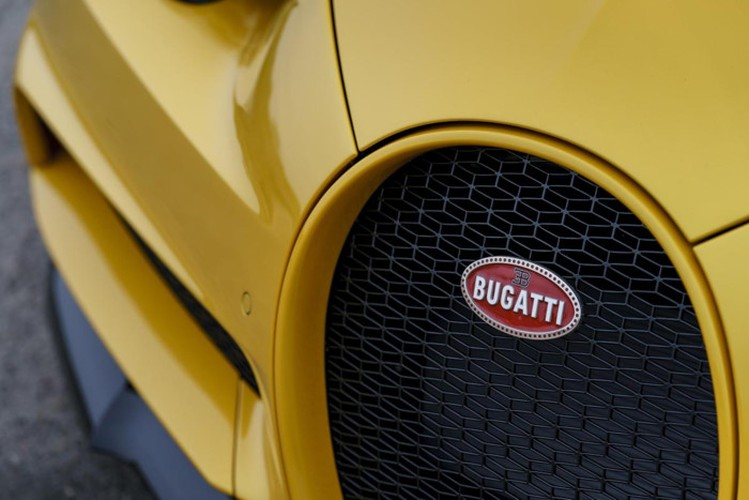 """Tan vuong toc do"" Bugatti Chiron 68 ty dau tien den My-Hinh-3"