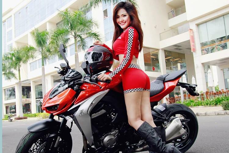 Chan dai Viet do ca tinh cung xe moto Kawaaki Z1000