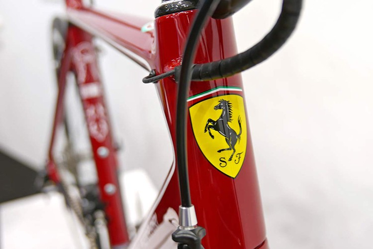 """Sieu xe chay com"" Ferrari SF01 gia hon 400 trieu dong-Hinh-4"