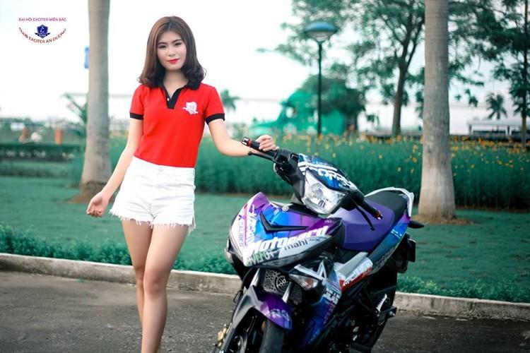 """Gai xinh"" Ha Noi do dang xe may Yamaha Exciter 150-Hinh-2"