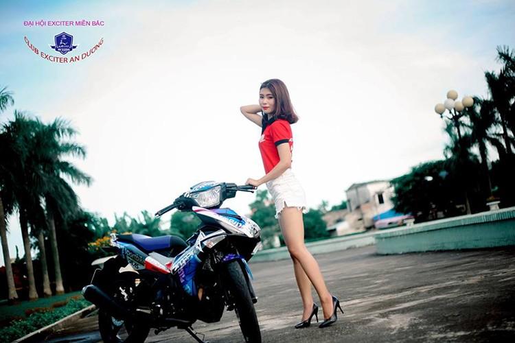 """Gai xinh"" Ha Noi do dang xe may Yamaha Exciter 150-Hinh-3"