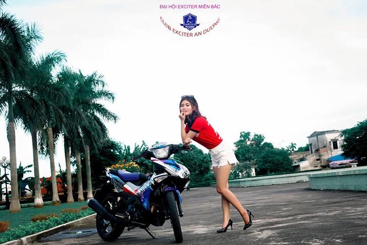 """Gai xinh"" Ha Noi do dang xe may Yamaha Exciter 150-Hinh-5"