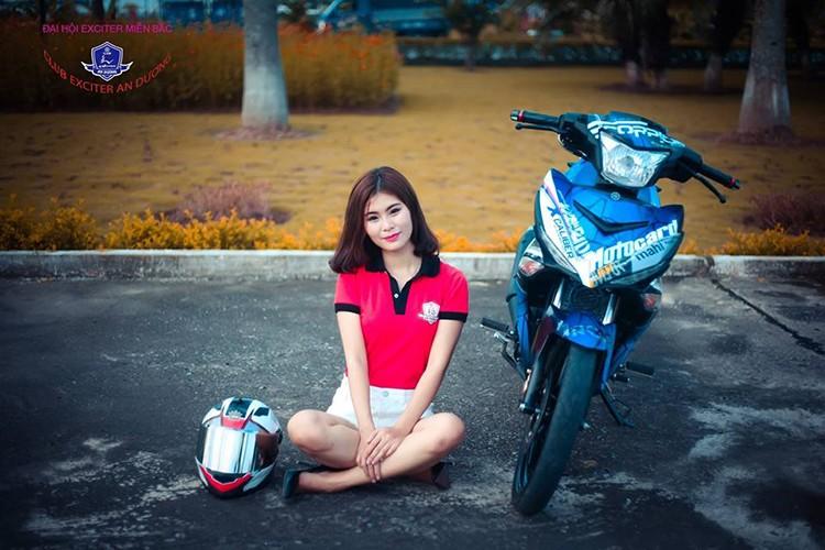 """Gai xinh"" Ha Noi do dang xe may Yamaha Exciter 150-Hinh-7"