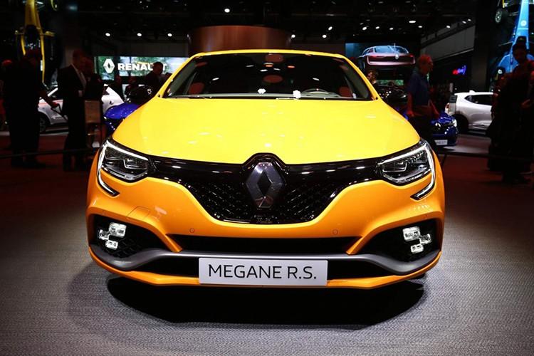 "Renault Megane RS moi, ""doi thu"" cua Ford Focus RS-Hinh-2"