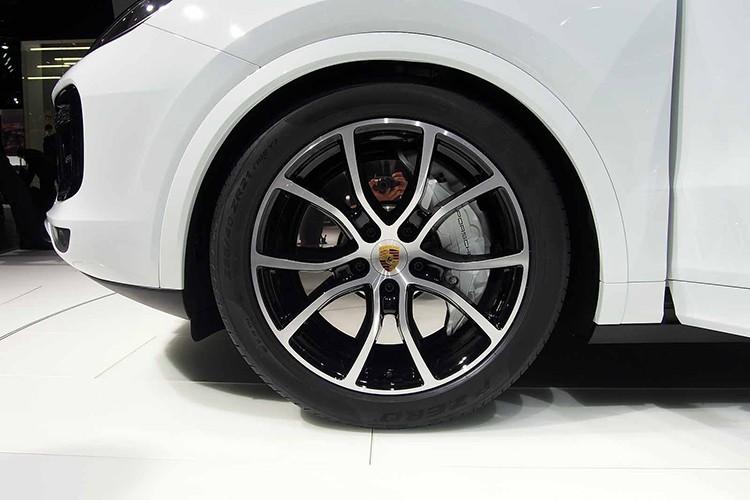 Cayenne Turbo 2018 - SUV manh nhat Porsche gia 3,78 ty-Hinh-3