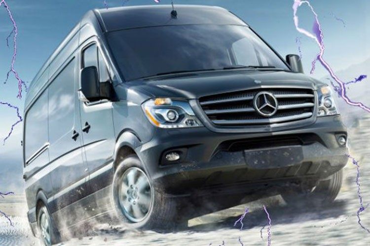"Mercedes-Benz ""nha hang"" xe oto VAN Sprinter the he moi-Hinh-2"