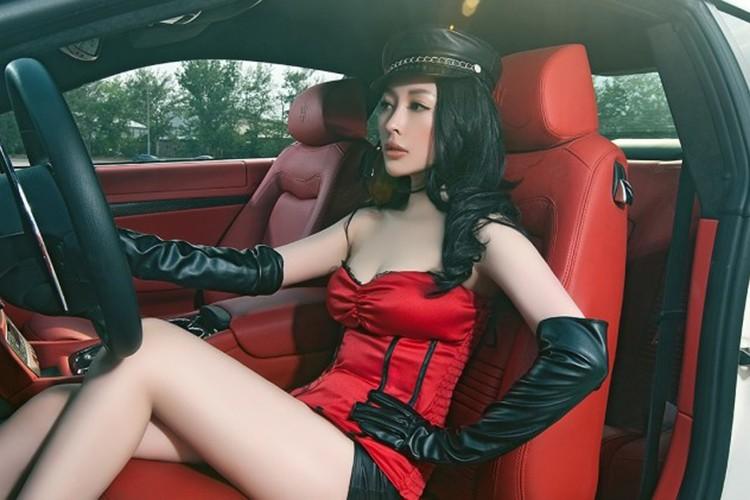 Chan dai show vong 1 ben xe bac ty Maserati GranTurismo-Hinh-6