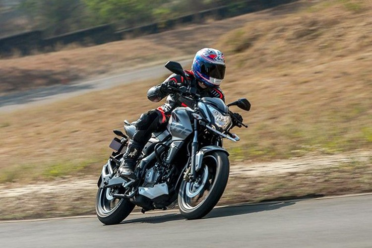 "Xe moto Bajaj Pulsar 200NS ABS 2018 ""chot gia"" 38 trieu-Hinh-5"