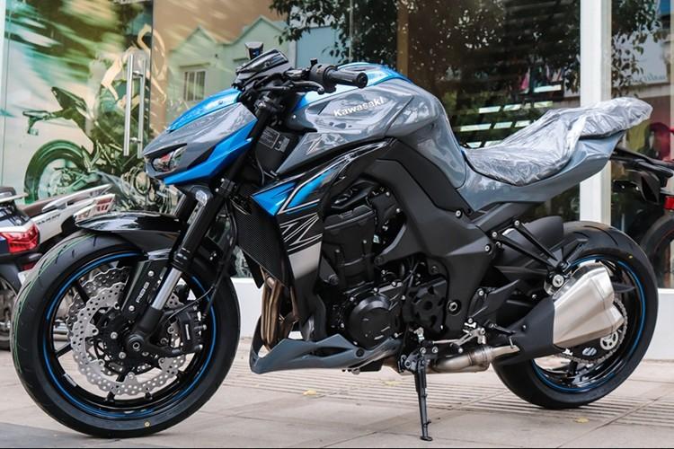 Kawasaki Z1000 2018 tai Viet Nam gia gan 400 trieu dong