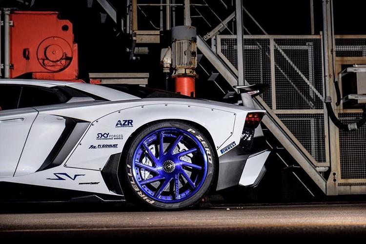 "Lamborghini Aventador SV ""sieu doc"" nho goi do Liberty Walk-Hinh-4"