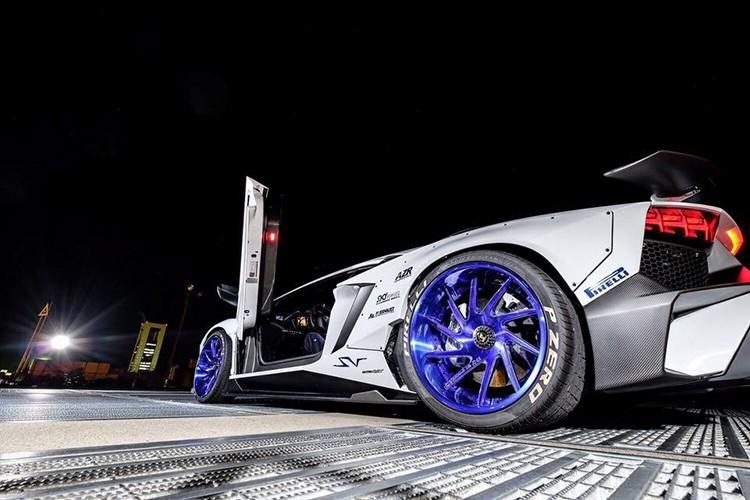 "Lamborghini Aventador SV ""sieu doc"" nho goi do Liberty Walk-Hinh-5"