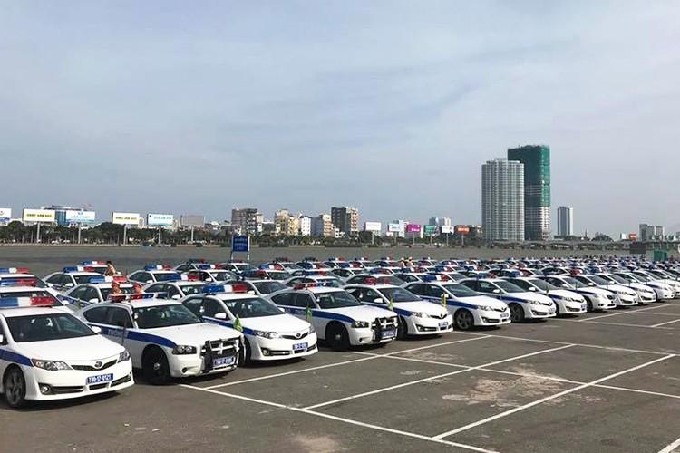 """""""Soi"""" dan oto va xe may phuc vu APEC tai Da Nang-Hinh-4"""