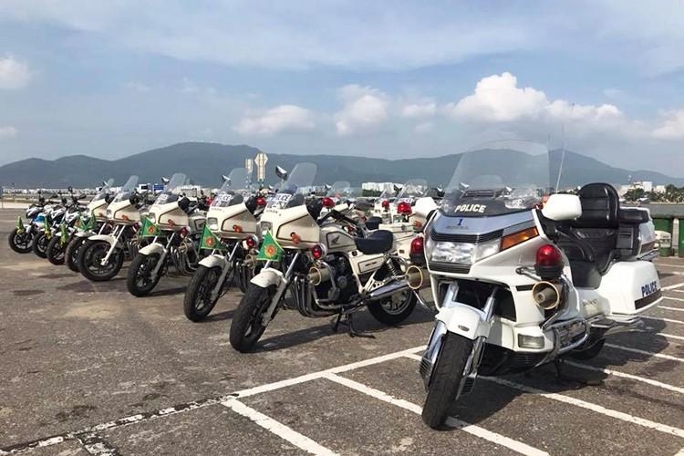 """""""Soi"""" dan oto va xe may phuc vu APEC tai Da Nang-Hinh-5"""