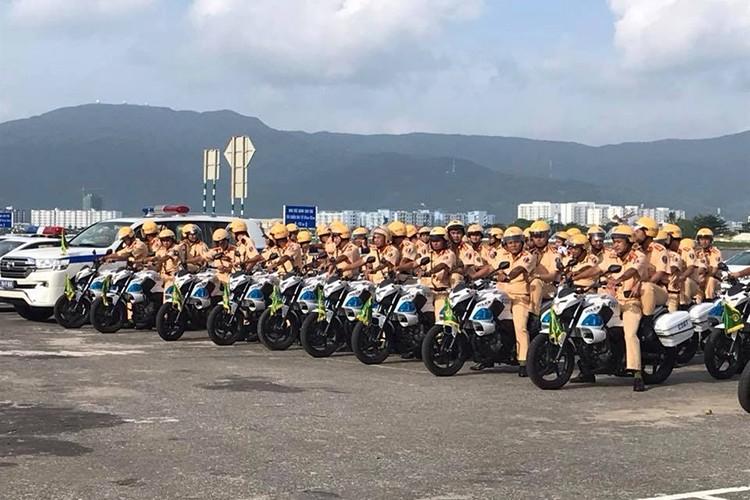"""""""Soi"""" dan oto va xe may phuc vu APEC tai Da Nang-Hinh-8"""