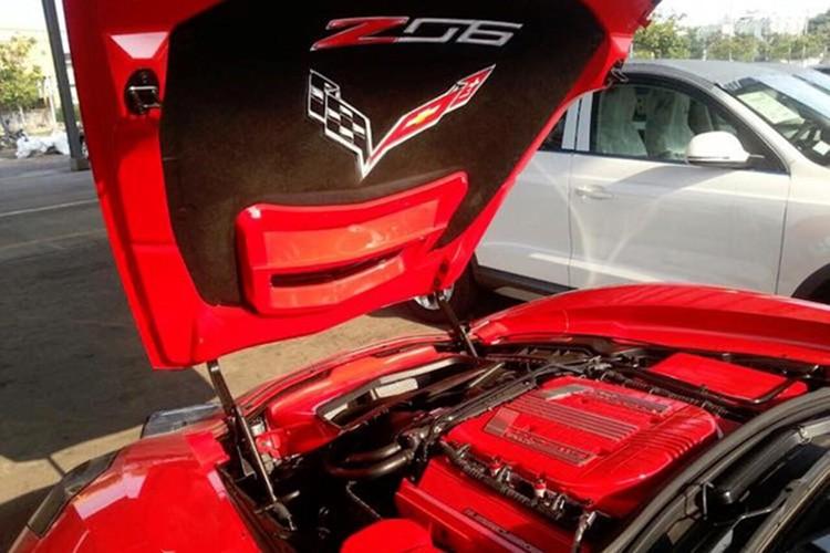 Chevrolet Corvette C7 Z06 tien ty do ruc tai Nha Trang-Hinh-7