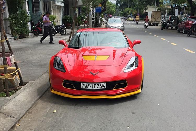 Chevrolet Corvette C7 Z06 tien ty do ruc tai Nha Trang