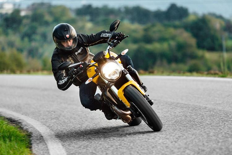 """""""Quai vat"""" Ducati Monster 821 ban 2018 lo dien-Hinh-11"""