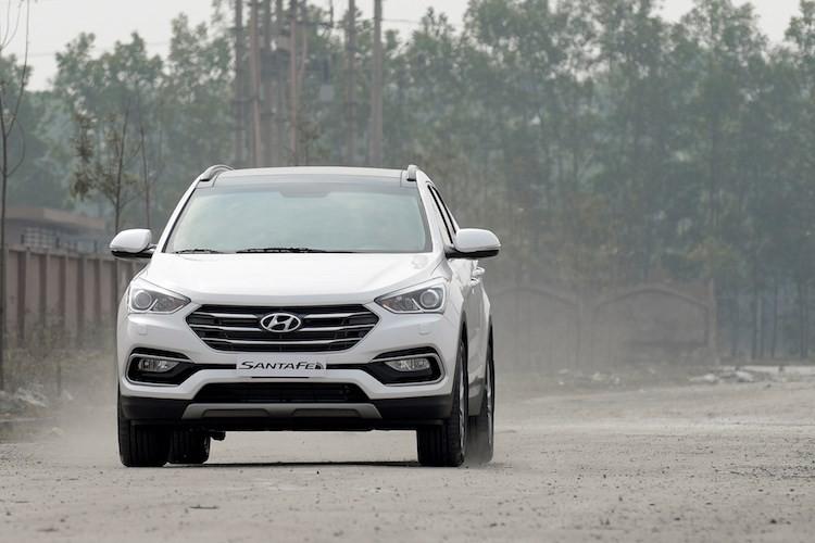 Giam 230 trieu, Hyundai SantaFe la xe 7 cho re nhat VN-Hinh-11
