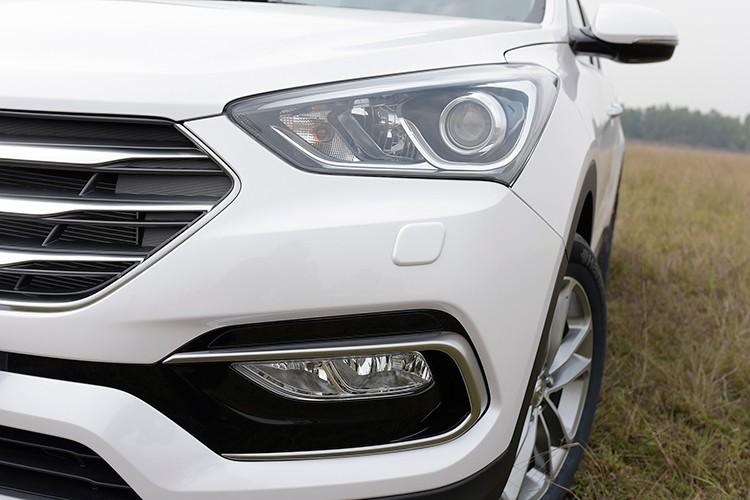 Giam 230 trieu, Hyundai SantaFe la xe 7 cho re nhat VN-Hinh-4