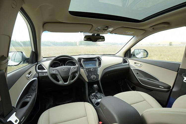 Giam 230 trieu, Hyundai SantaFe la xe 7 cho re nhat VN-Hinh-6