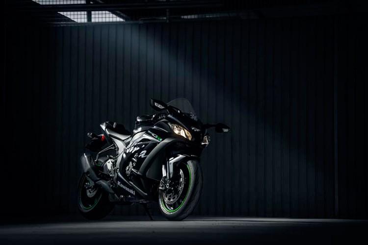 Sieu moto Kawasaki ZX-10RR 2018 gia 760 trieu dong-Hinh-9