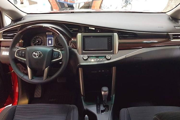 Can canh Toyota Innova Venture gia 855 trieu tai VN-Hinh-5